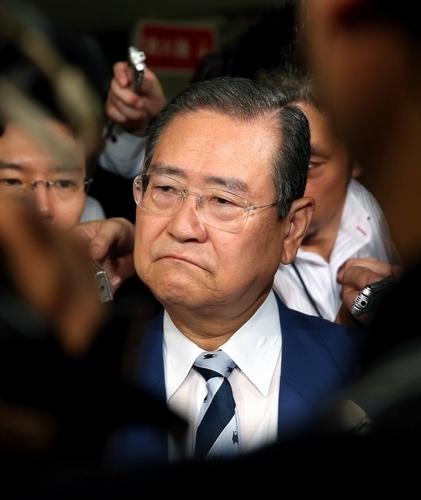 野田毅税制調査会長が更迭される...
